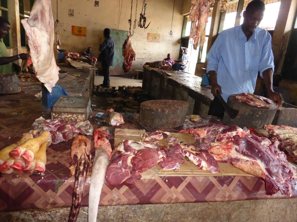 Slagerij op de Albert Markt in Banjul
